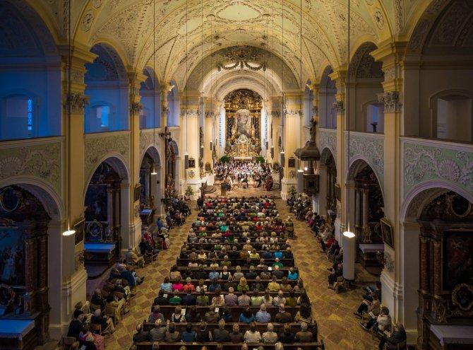 Pfarrkirche St. Michael in Attel
